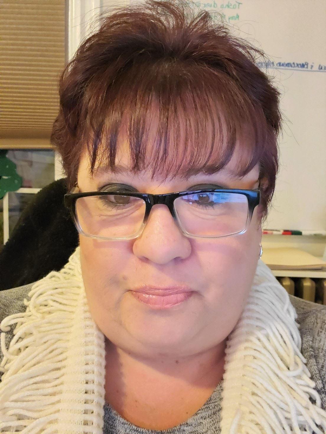 Stella Cummins, Office Manager