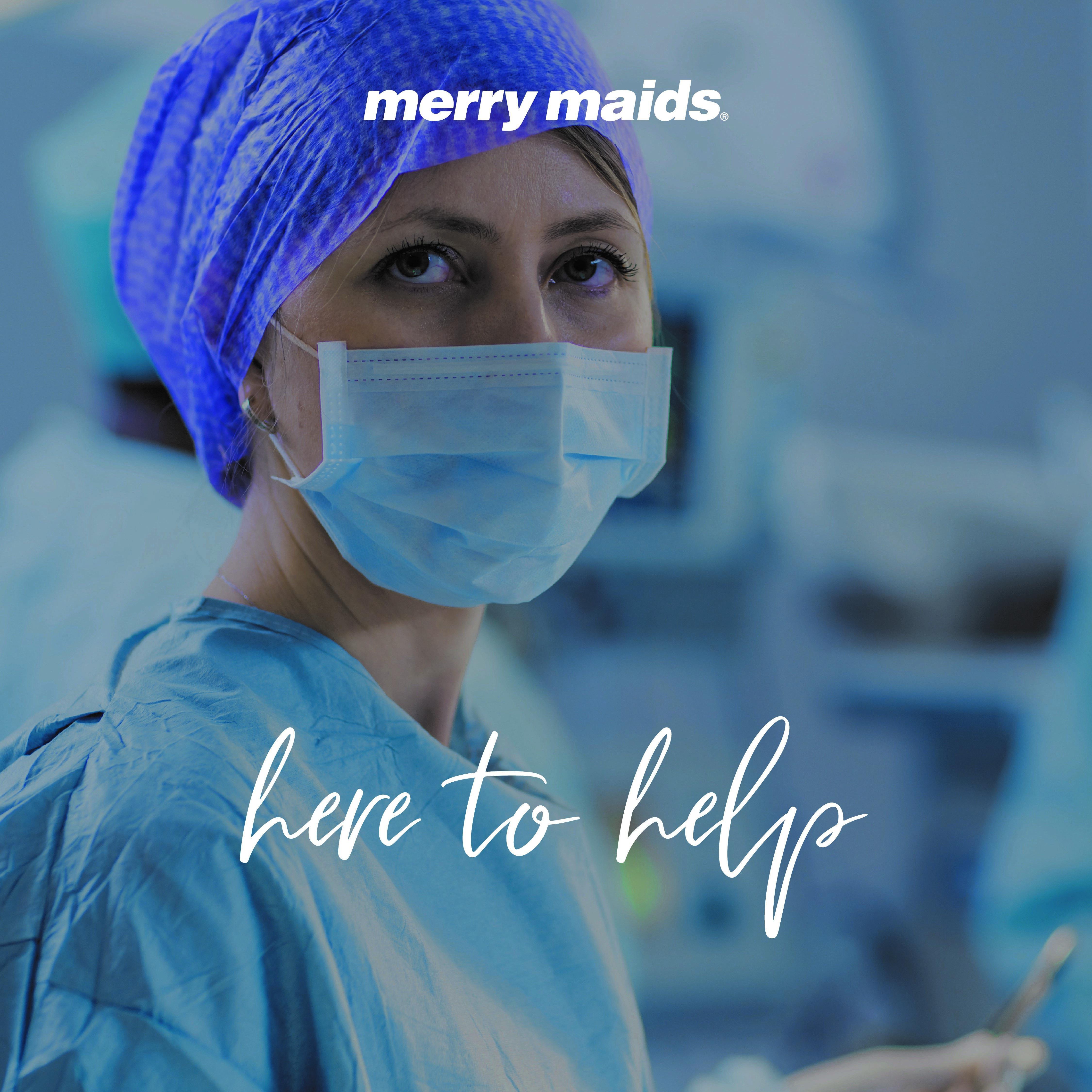 nurse wearing face mask